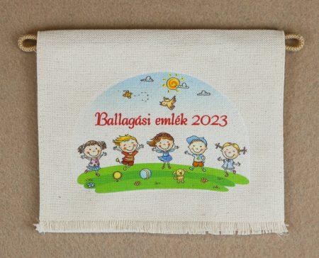Gyerekek,  piros felirattal, nyers színű vászon ballagó tarisznya (más alapanyag is választható)