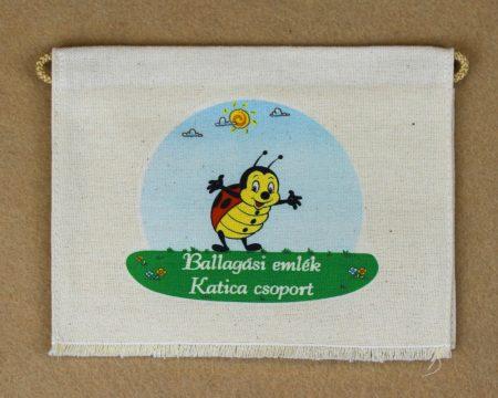 Katica csoport, nyers színű vászon ballagó tarisznya (más alapanyag is választható)