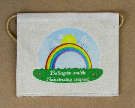 Szivárvány csoport, nyers színű vászon ballagó tarisznya (más alapanyag is választható)